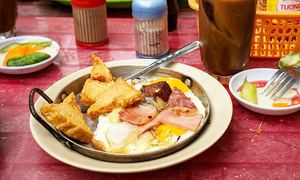 Breakfast of champions: 5 Saigon dishes to kick-start your day