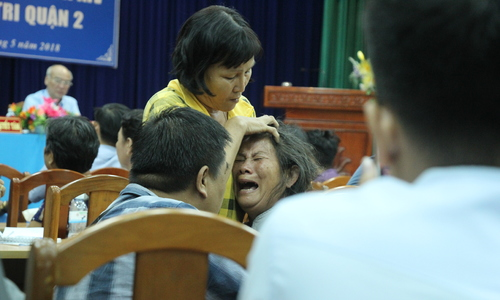 HCMC residents in heated debate with officials over urban area project