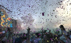 Runners revel in color and music at Saigon festival