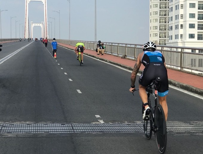 Australian, Czech athletes win Ironman triathlon in Da Nang