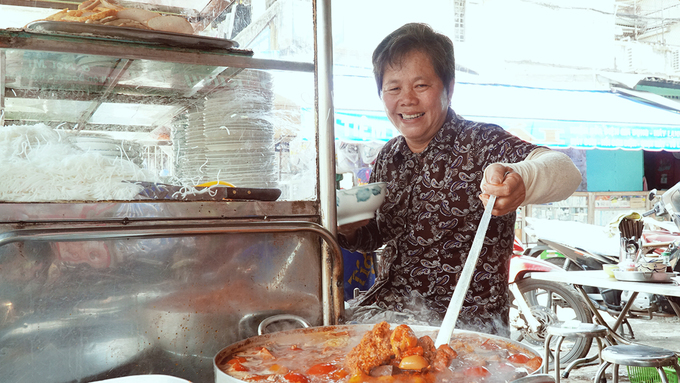 Inside Saigons 30 year old crab chowder vermicelli diner - 1