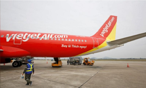 Irate Vietnamese passenger fined for harming aviation staff