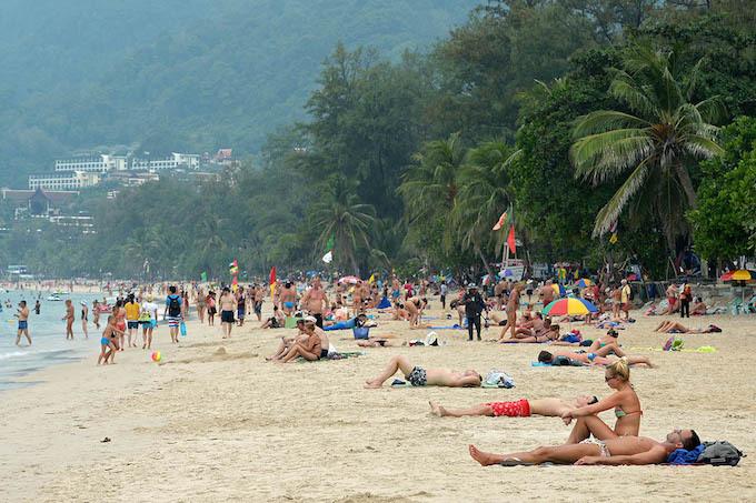 In Thai tourist spots, a hidden world of male sex slavery