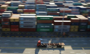 Use international pacts to end US-China trade war: Vietnam