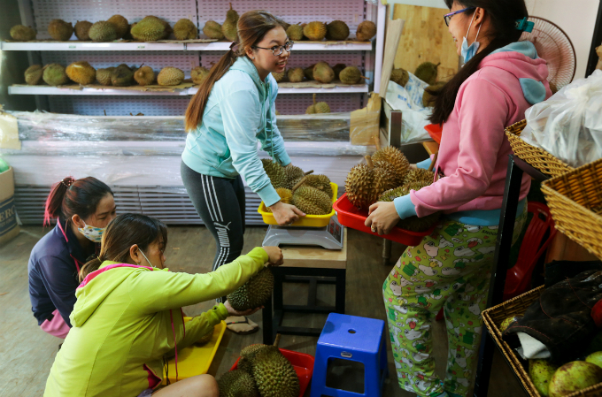Return the seeds when you eat at this Saigons durian spot - 4