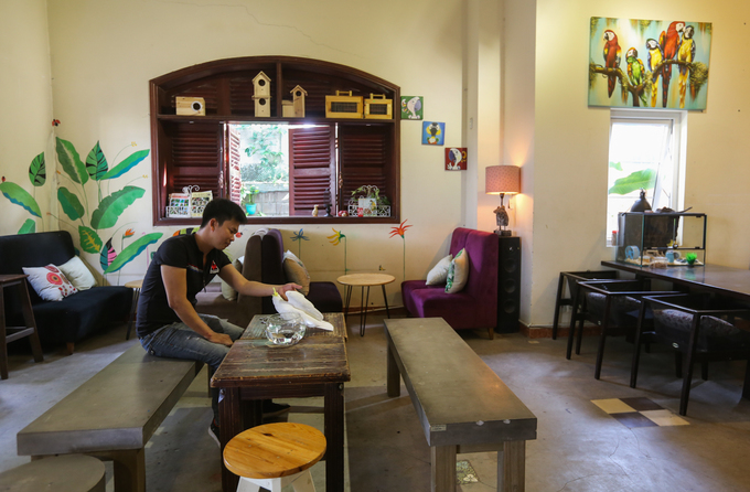 Saigon café offers a squawking time for kids and adults - 3