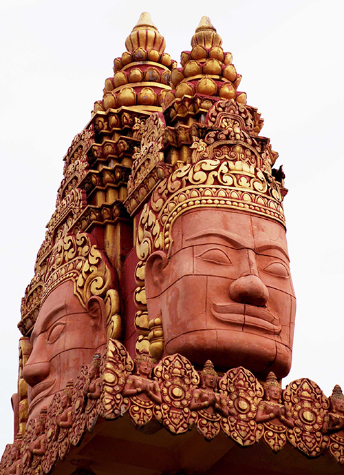 Take a look at the majestic Khmer pagoda in Southern Vietnam - 7