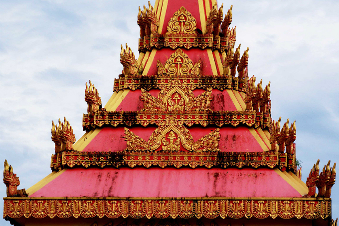 Take a look at the majestic Khmer pagoda in Southern Vietnam - 8