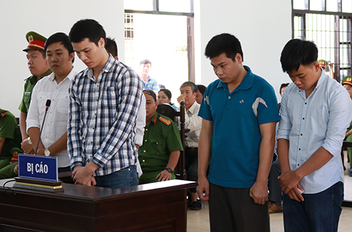 Five cops jailed for killing prisoner in central Vietnam