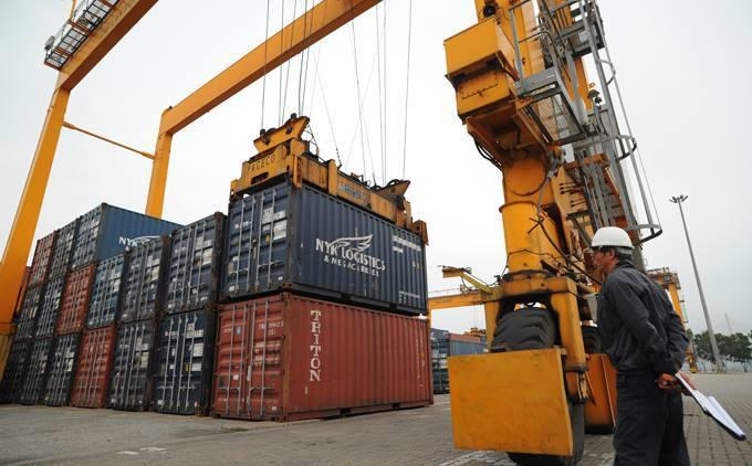 Vietnam relatively safer than ASEAN peers in trade war storm
