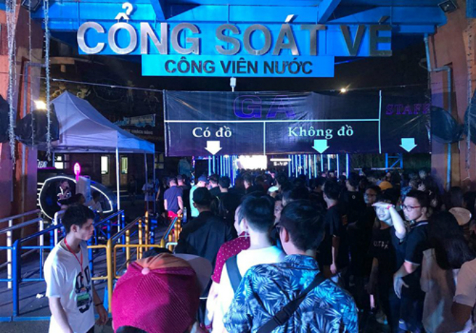Amidst a passing-the-buck game, Hanoi investigates music fest deaths