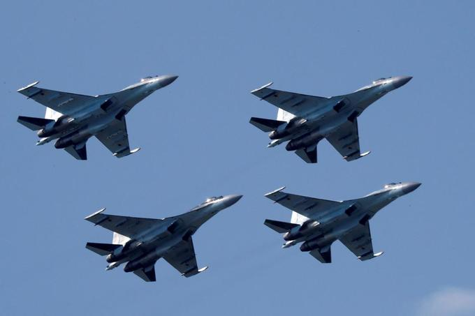 US sanctions China for buying Russia war planes, missiles
