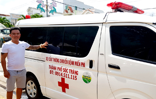 Vietnamese businessman turns ambulance driver for the poor
