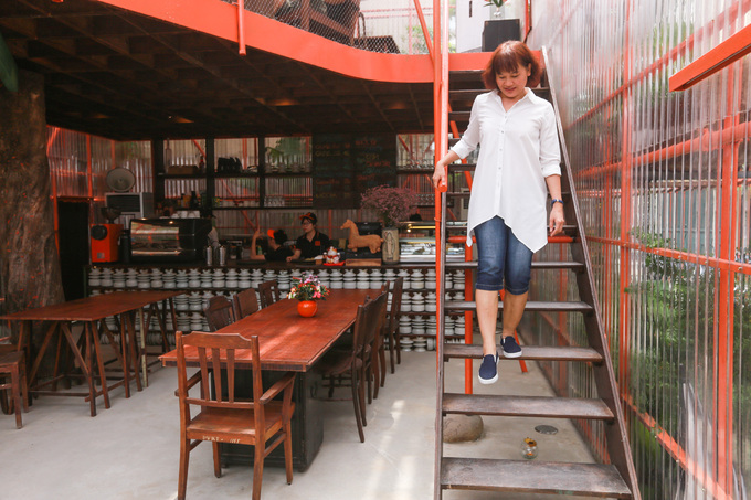 Is it a construction site? No, it is a café in Saigon - 9