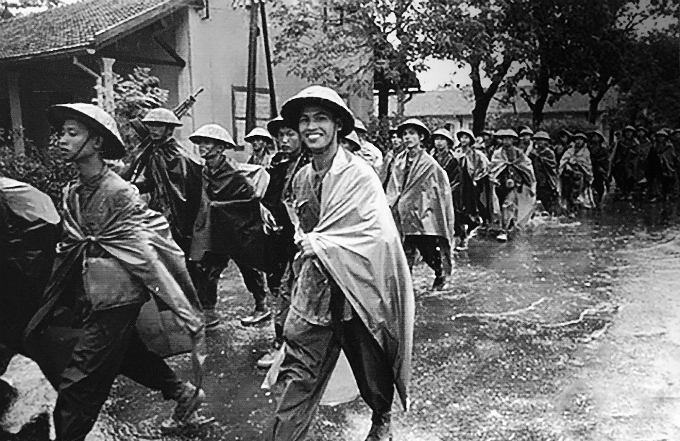 Hanoi relives historic, liberating moment - 1