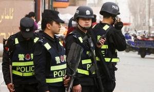 China arrests 25 illegal Vietnamese immigrants, smugglers in cross-border bust