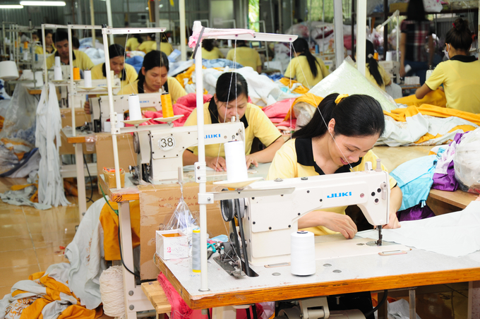 Vietnam garment exports surge on U.S.-China trade war