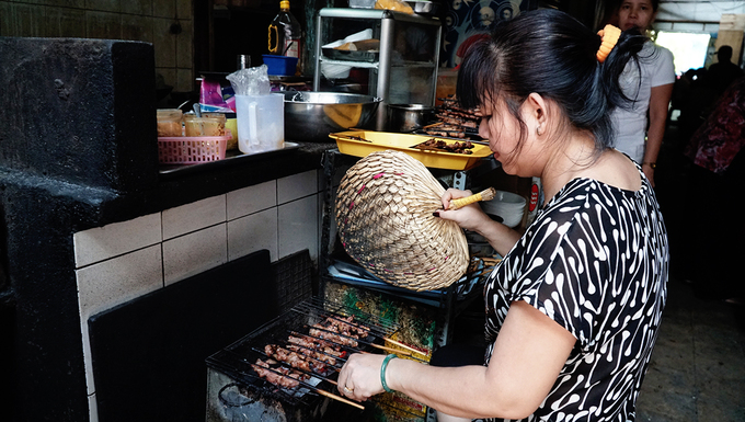 One dish, five eateries  an exploration in Saigon