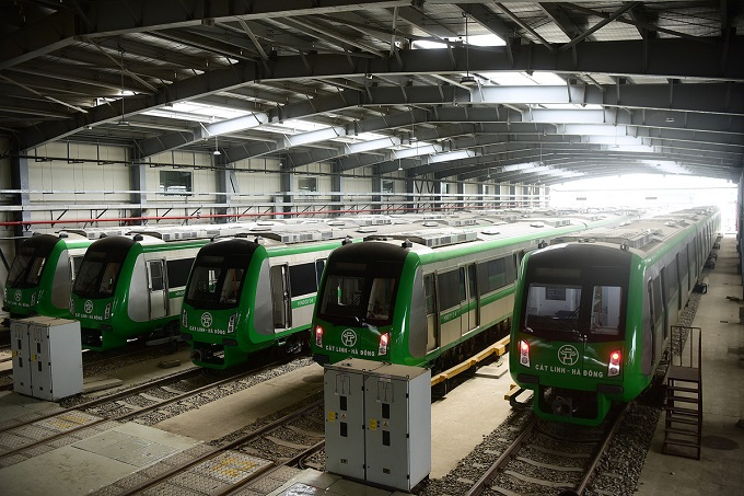 Hanoi metro stations in line for April launch - 9