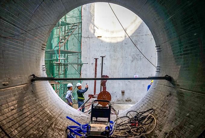 Down into Saigons biggest underground sewer system - 1