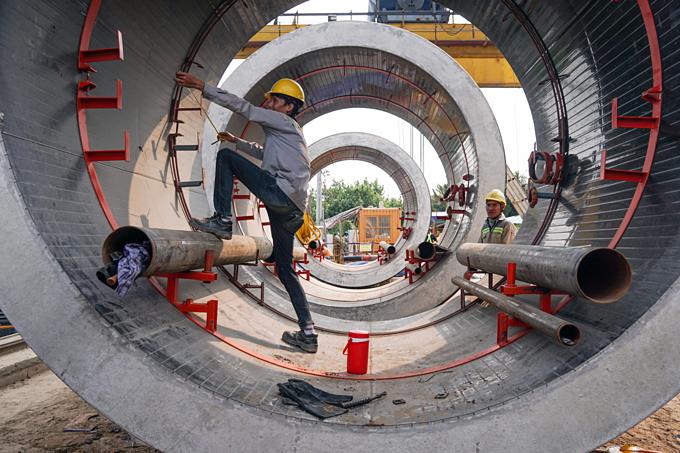 Down into Saigons biggest underground sewer system - 3