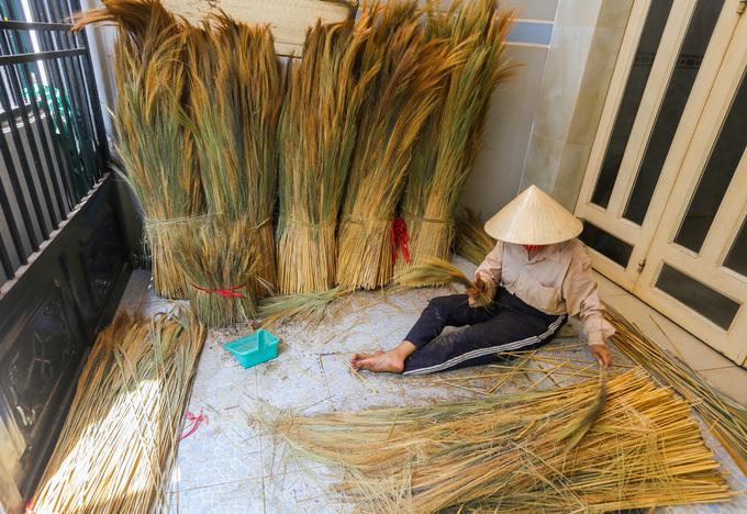 A few Saigon families continue to make a clean sweep - 1