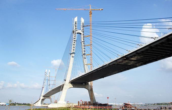 Key Mekong Delta bridge set to open this weekend