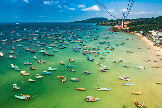 The Longest Cable Car situated on the Phu Quoc Island in South Vietnam. Photo by Shutterstock/Pavel Szabo