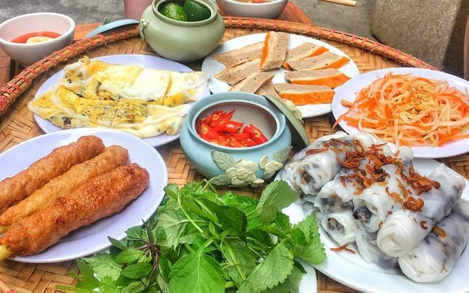 Hanoi cuisine part of its considerable charm: The Guardian