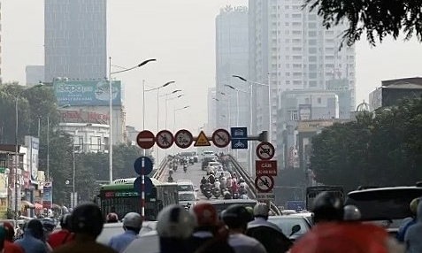Stop making excuses, act on air pollution: Hanoians