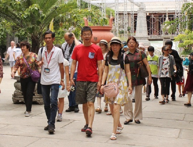 Chinese tourists seen in Ho Chi Minh City. Photo by VnExpress/Thai Phuong.