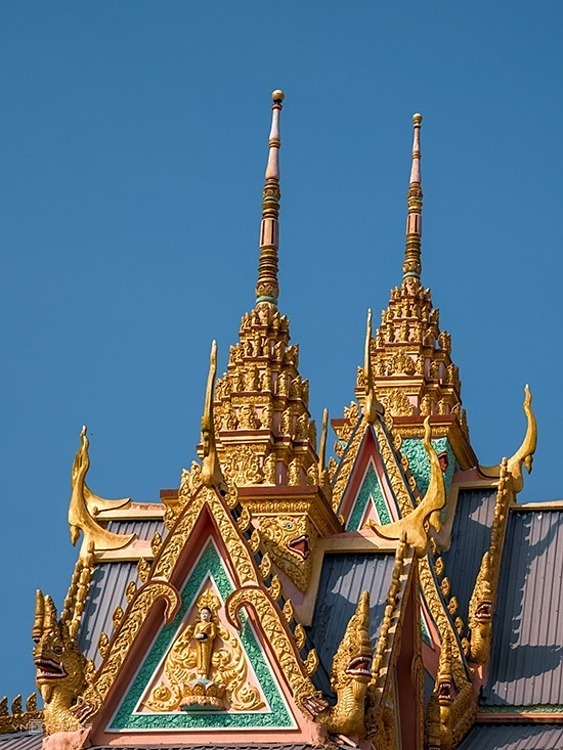 The pagoda is redolent of the ancient Khmer temple architecture with sophisticated sculpture.