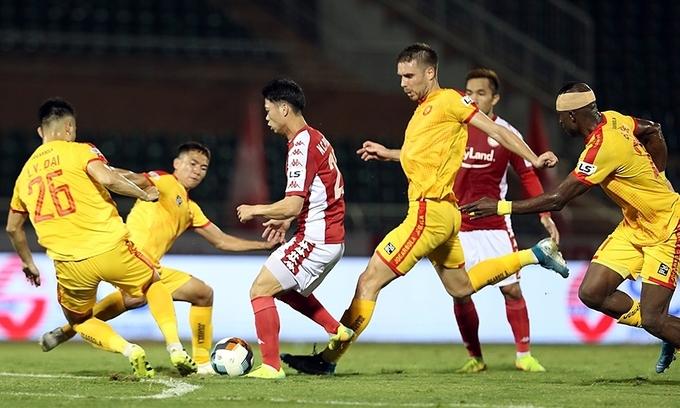 Vietnam football league postponed to April