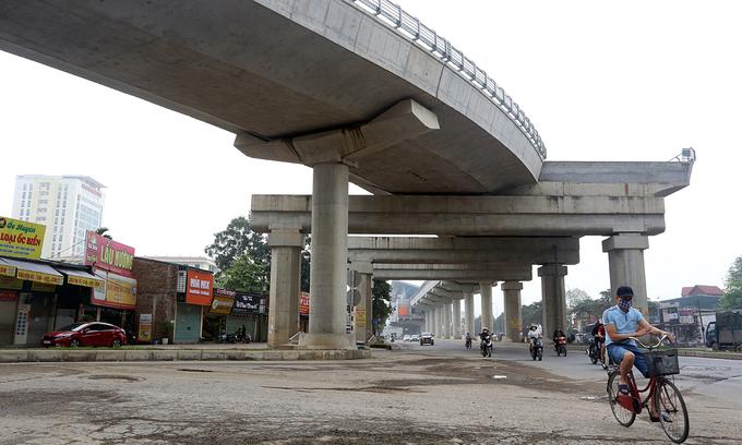 Hanoi second metro line recruits 40 locomotive engineers