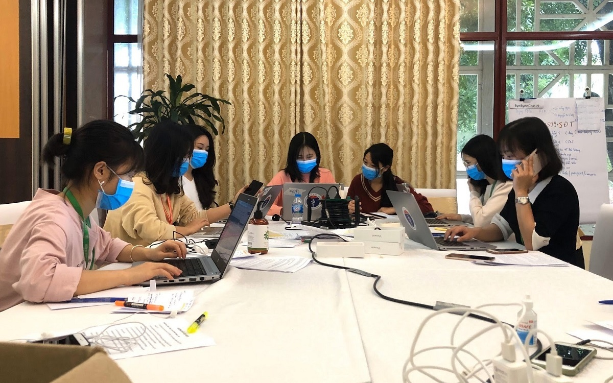 Trang's workstation is a hive of activity. Photo courtesy of Dinh Thu Trang.