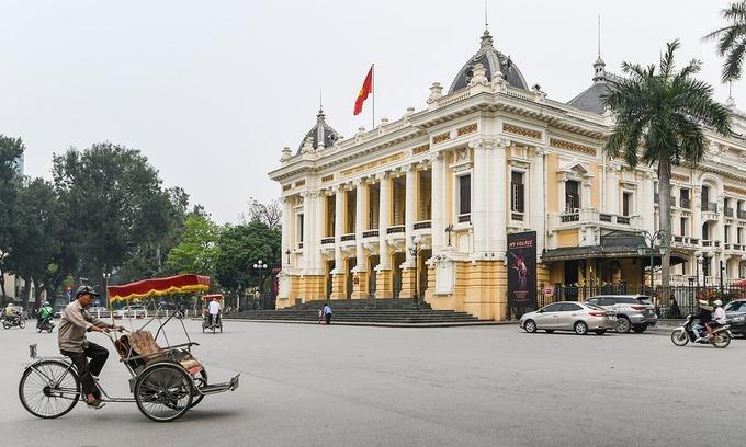 Hanoi seeks to suspend CNN ads