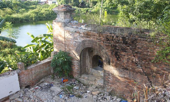 Hue Imperial Citadel reveals new gates