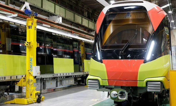 Pandemic delays Hanoi metro train arrival from France