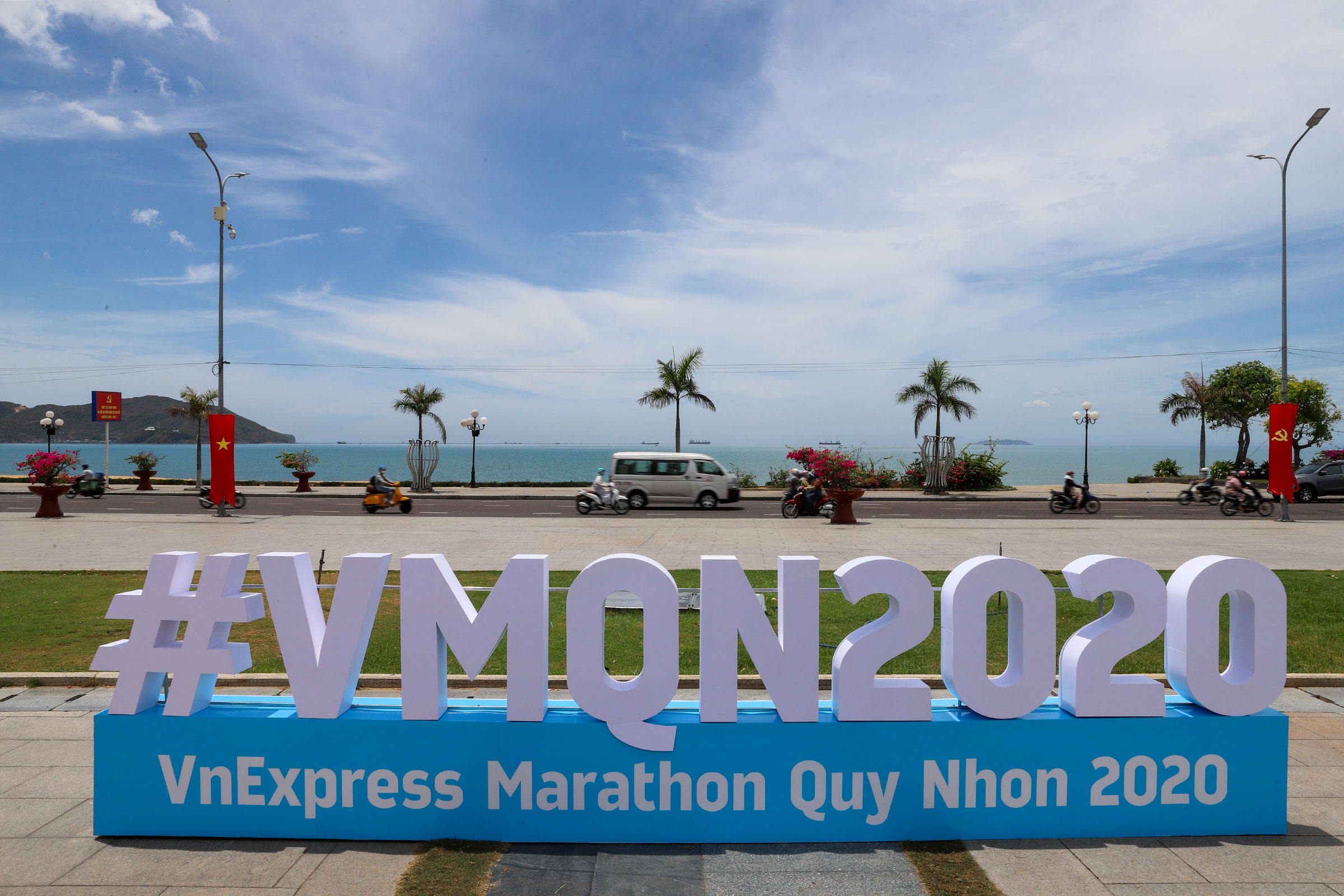 Beach hub gets a scrub ahead of VnExpress Marathon