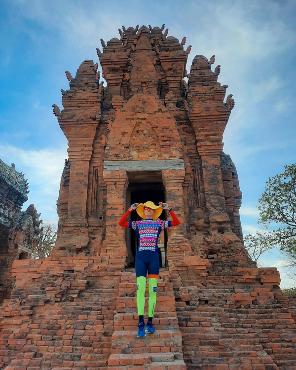 Explore south central Vietnam on bicycle