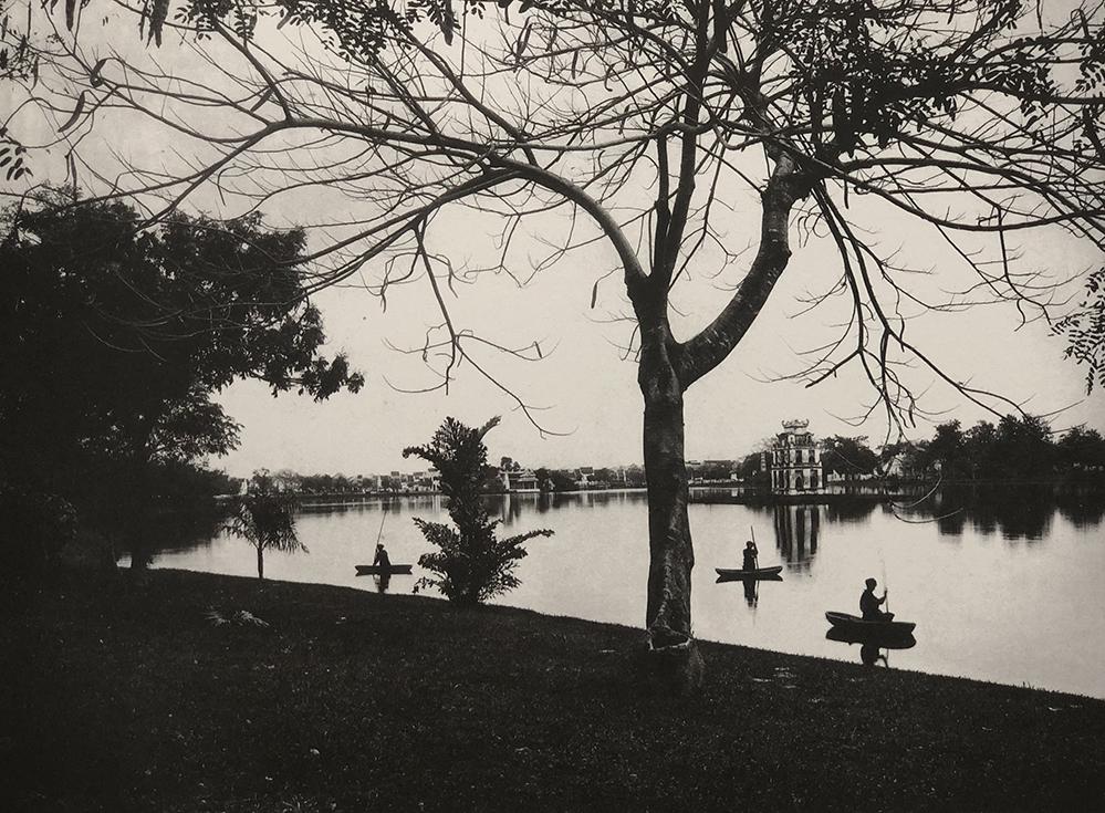 A corner of the Hanois Sword Lake.