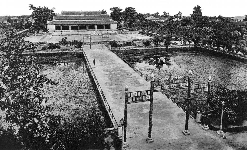 The courtyard of Thai Hoa Palace where Nguyen kings and functionaries once convened for political discussions, further enhancing historic and cultural values of the landmark.