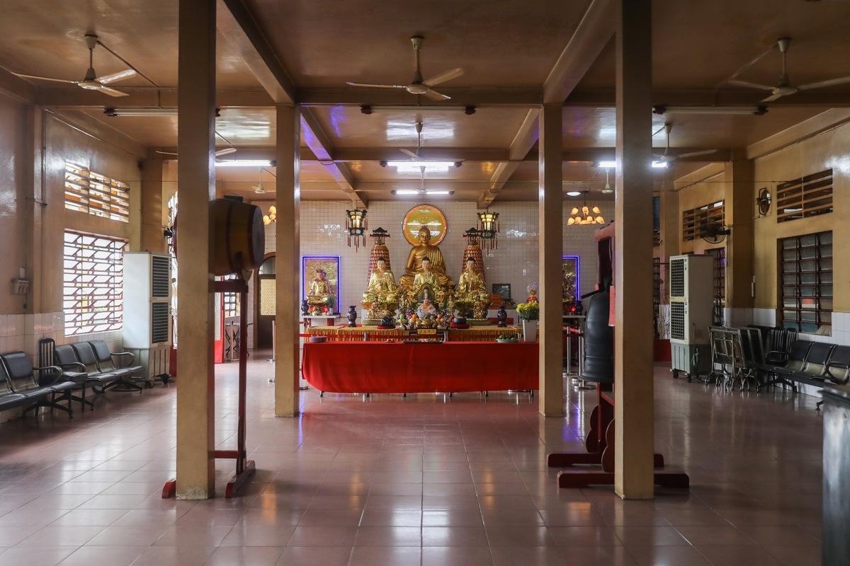 Pagoda crowns Saigon apartment building
