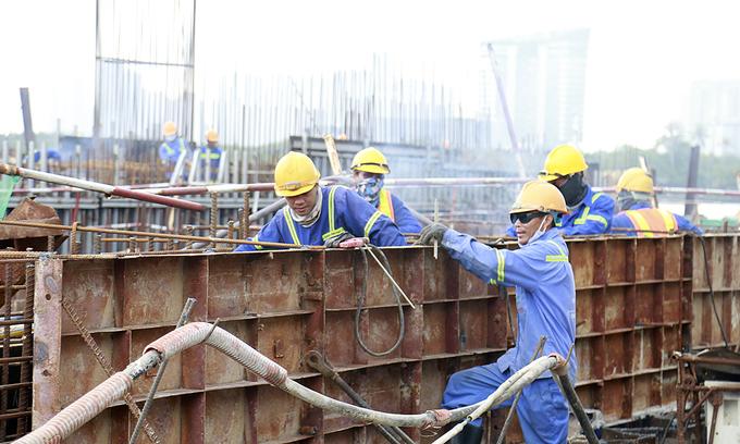 Saigon's mega anti-flooding project at risk of suspension