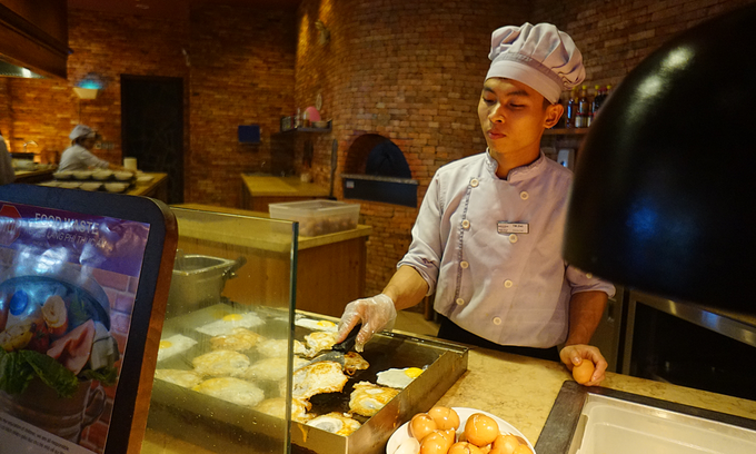 Vietnam lacks chefs to serve tourism boom
