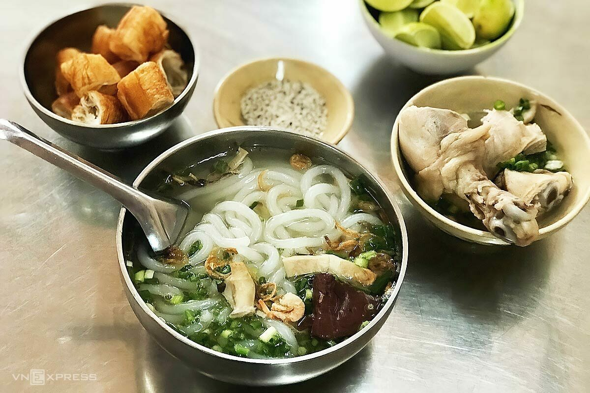 A portion includes a bowl containing the noodle soup and another with the meat, giving the eatery its two bowl nickname.