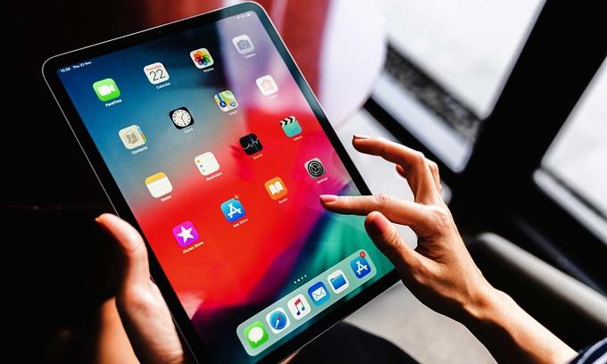 Apple ups Vietnam production of smart devices