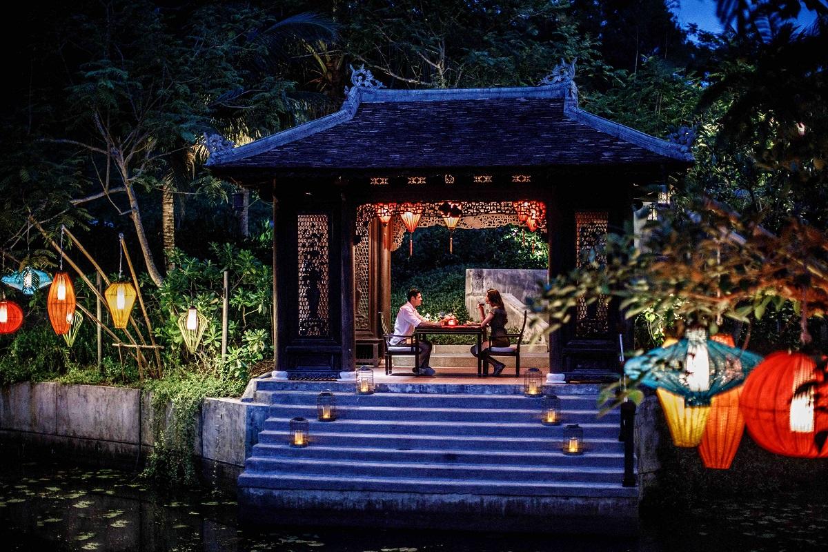 Tet gets romantic at the Banyan Tree Lang Co in Hue.