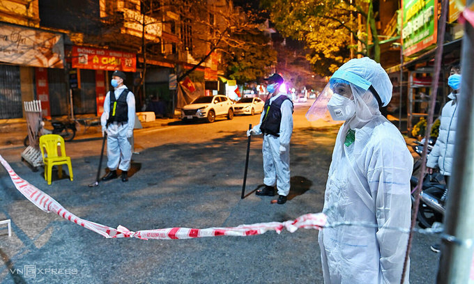 Hai Duong woman faces criminal charge for flouting pandemic rules, spreading infection
