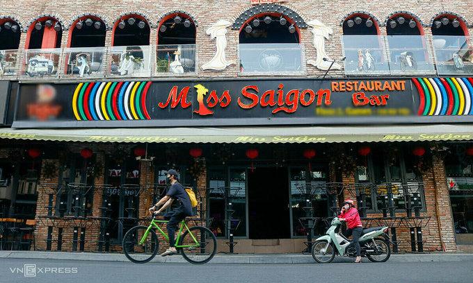 Covid-19 deals fresh blow to Saigon's tourist street